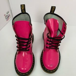 Dr. Martens Shoes - Dr. Martens Pink Combat Boot Patent Leather sz 6